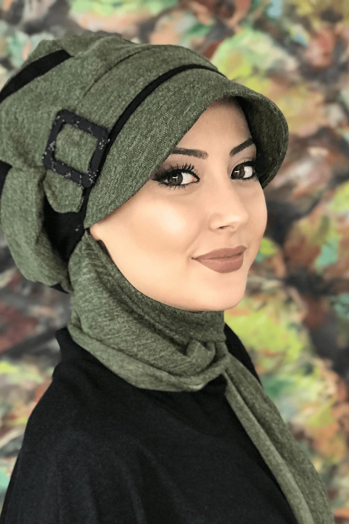 Yağ Yeşili Renkli Siyah Şerit Detaylı Tokalı Atkılı Şapka Şal