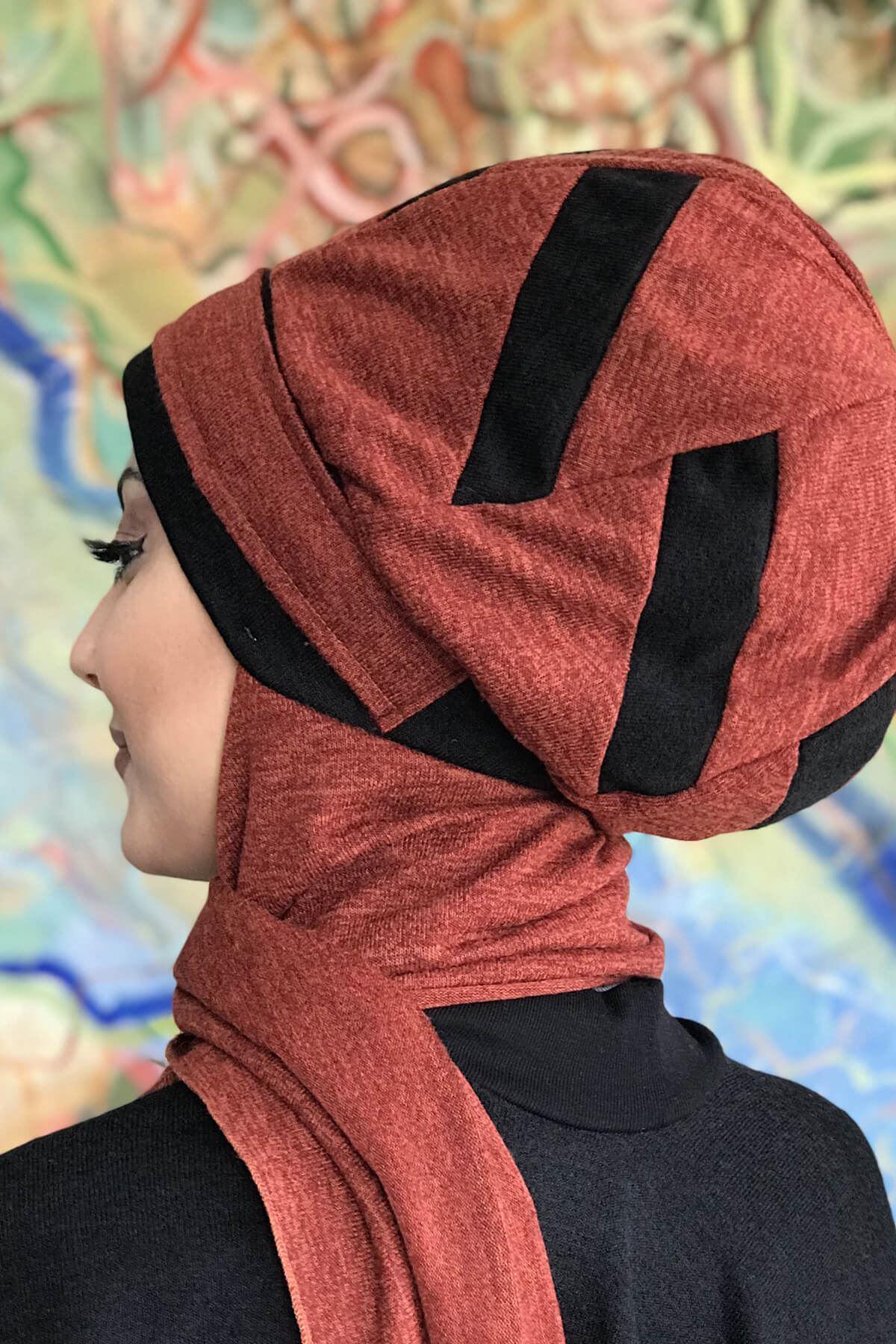Saltanat Kırmızısı Üzerine Siyah Şerit Detaylı Hazır Şal