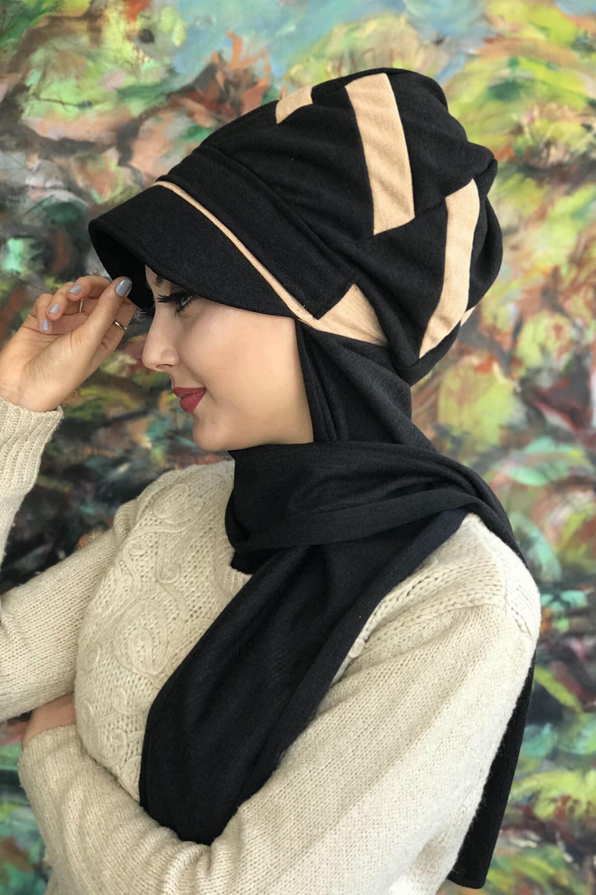Siyah Atkılı Tokalı Krem Şeritli Şapka Şal