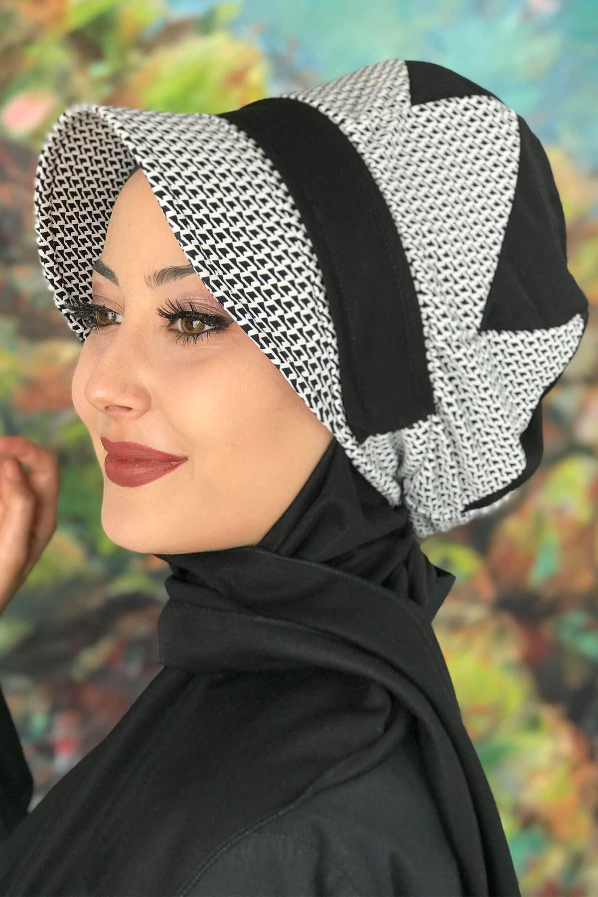 Bad-ı Saba Siyah Beyaz Desen Çarkıfelek Tokalı Siyah Şapka