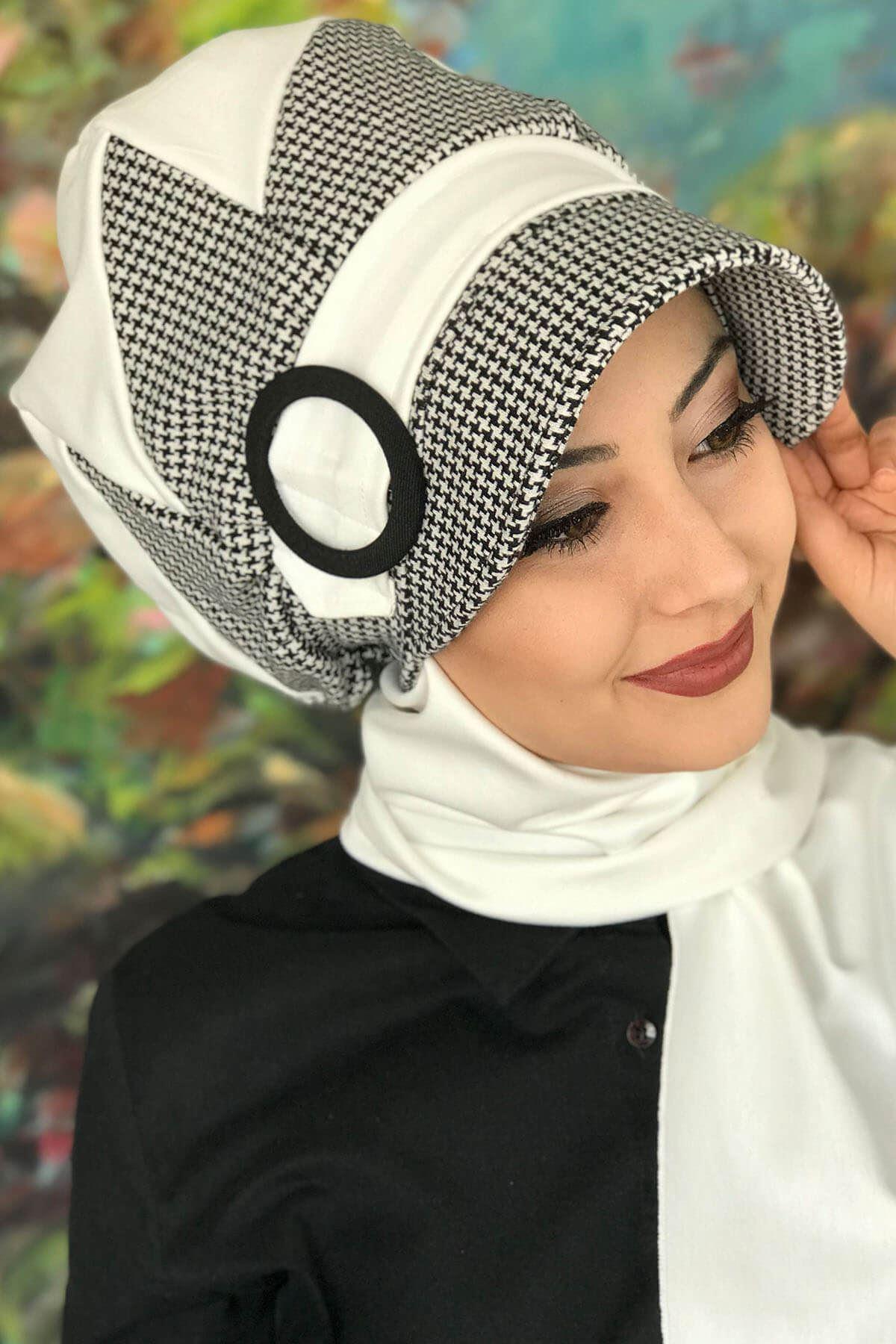 Bad-ı Saba Siyah Beyaz Kazayağı Çarkıfelek Tokalı Beyaz Şapka