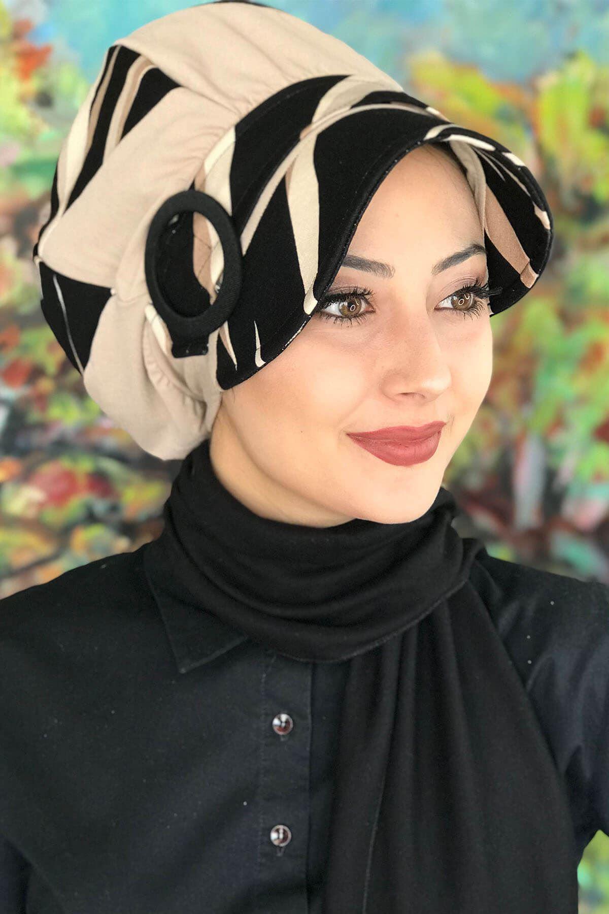 Bad-ı Saba Siyah Çizgili Bej Çarkıfelek Tokalı Siyah Atkılı Şapka