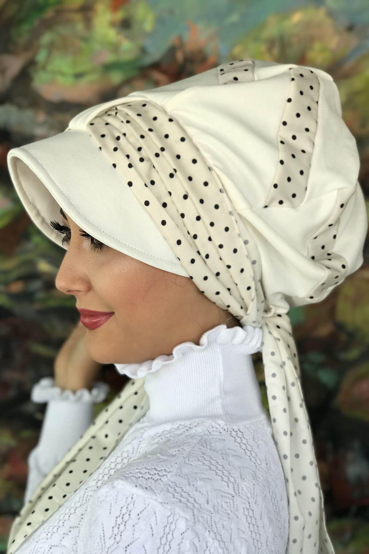 Kırık Beyaz Puantiyeli Tek Biritli Fularlı Şapka