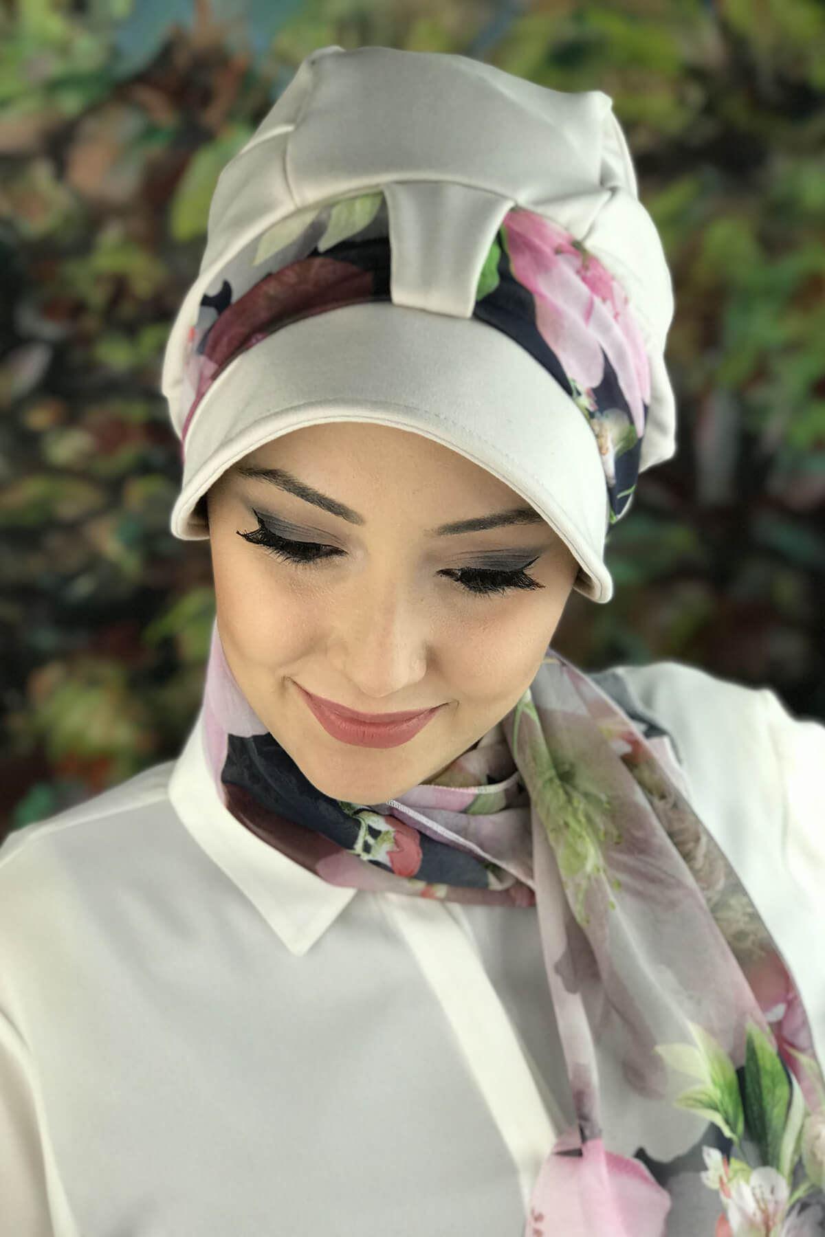 Kırık Beyaz Tek Biritli Fularlı Şapka