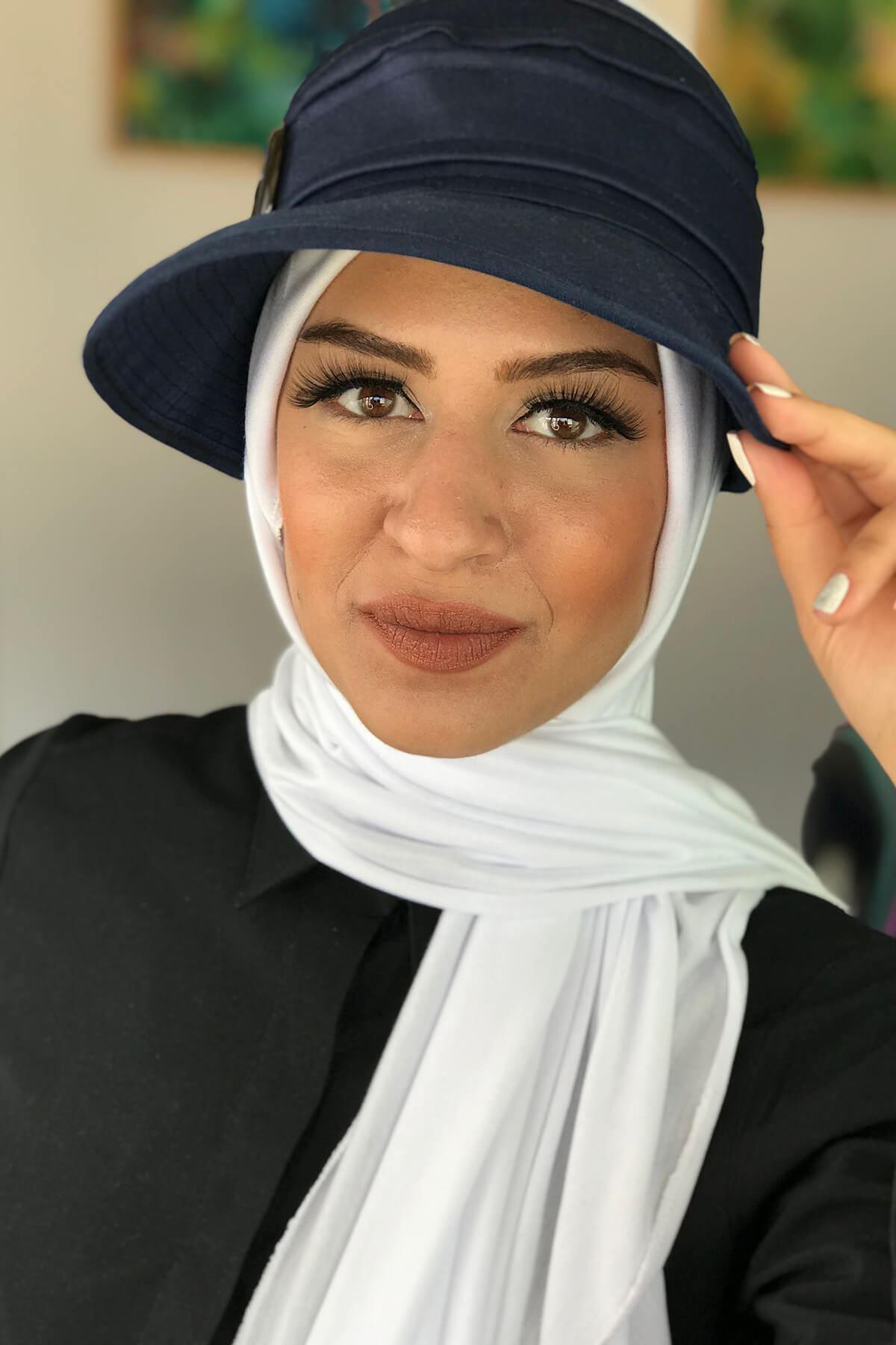 Lacivert Tesettür Kadın Spor Şapkalı Bone