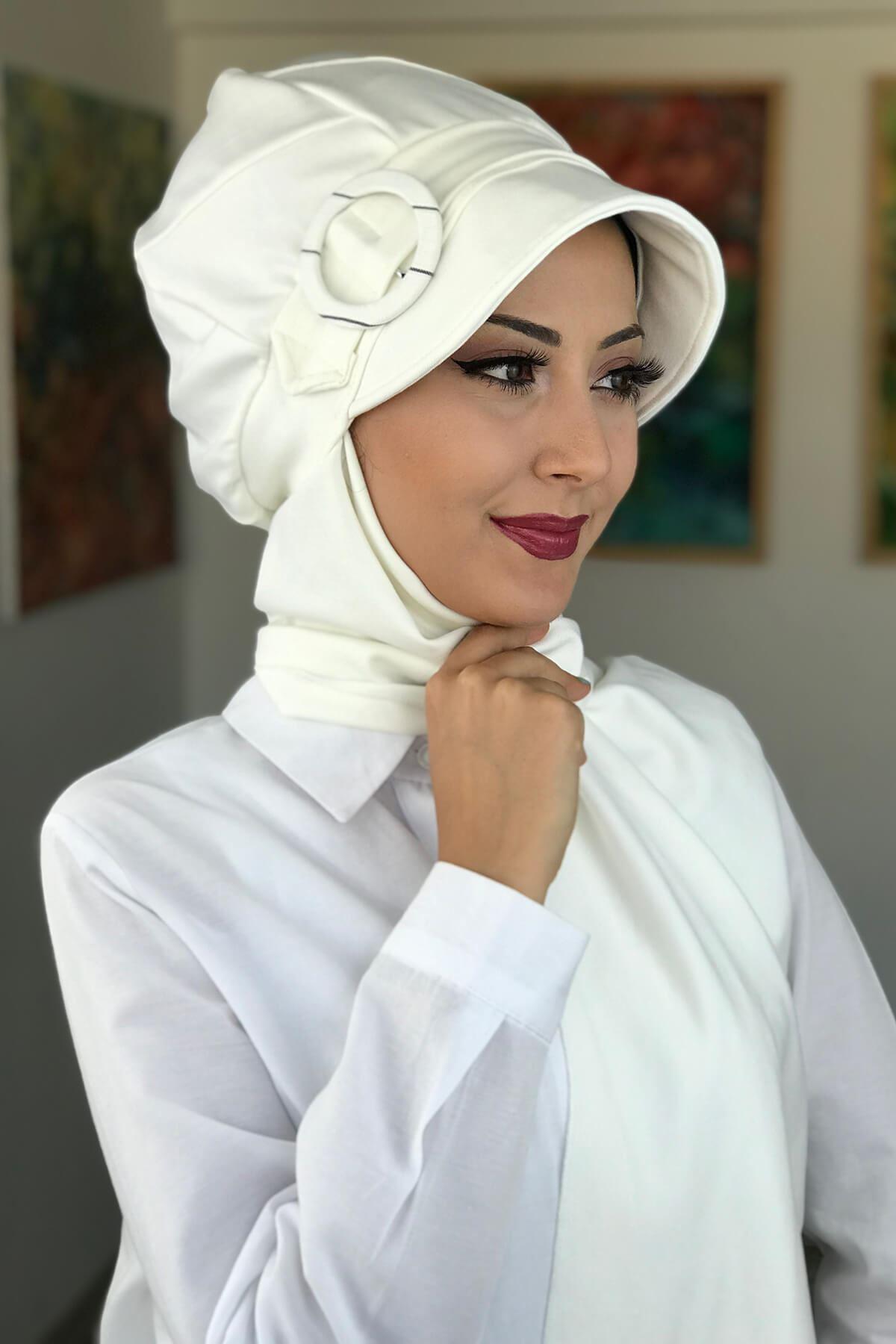 Beyaz Tesettür Kadın Şapka
