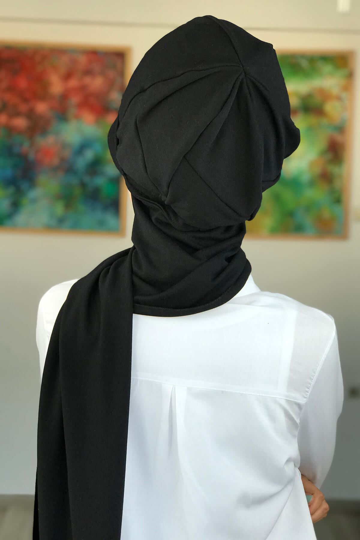 Siyah Atkılı Şapka