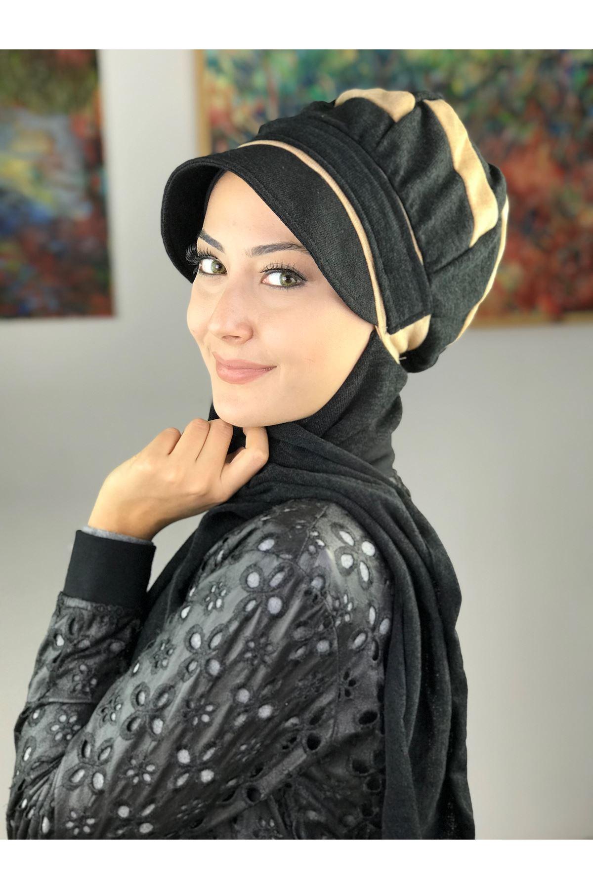 Çarkıfelek Siyah&Krem Tokalı Atkılı Şapka Şal